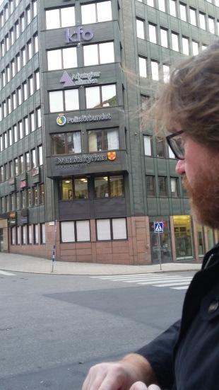 5 b Peter berättar vid Klarakyrka